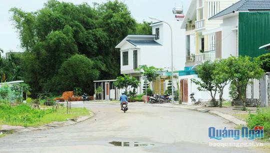 Những tuyến đường dị tật ở TP Quảng Ngãi - Ảnh 1.