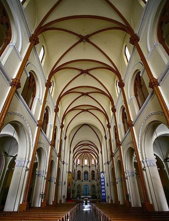 Chuyện ít biết về Nhà thờ Đức Bà Sài Gòn - Ảnh 1.