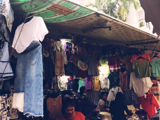 5 phố đồ cũ nên ghé đến ở Sài Gòn - Ảnh 12.