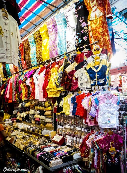 Chợ Quý Bà, thiên đường mua sắm hàng hiệu giá rẻ ở Hồng Kông - Ảnh 4.
