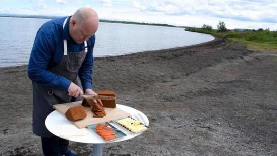 Bánh mì nướng dưới lòng đất ở Iceland - Ảnh 12.
