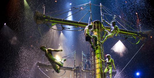 Bí mật đằng sau màn biểu diễn nước lớn nhất thế giới ở Macau - Ảnh 14.