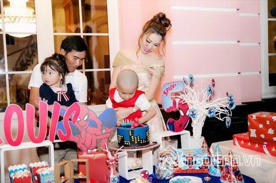 Dàn sao Việt mừng sinh nhật hoàng tử nhà Hoa hậu Bùi Thị Hà - Ảnh 13.