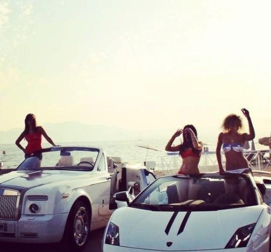 Cuộc sống của hội con nhà giàu Dubai - Ảnh 15.