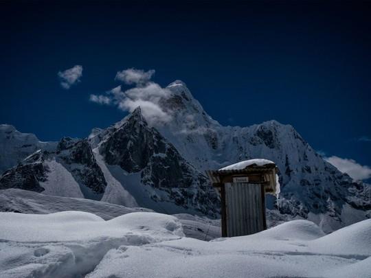 Kinh ngạc với 16 nhà vệ sinh có thiết kế ấn tượng nhất trên thế giới - Ảnh 15.