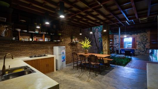 Nhà nhỏ trên cao nguyên Lâm Đồng đẹp như bước ra từ truyện cổ - Ảnh 17.