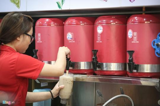Tranh nhau từng m2 đất bán trà sữa ở Sài Gòn - Ảnh 17.