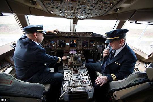 20 điều không ngờ về nghề kiểm soát không lưu - Ảnh 18.
