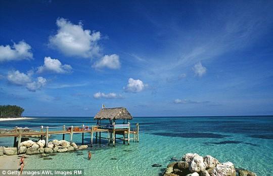 Đảo Nassau là nơi nghỉ dưỡng của những người giàu có và nổi tiếng