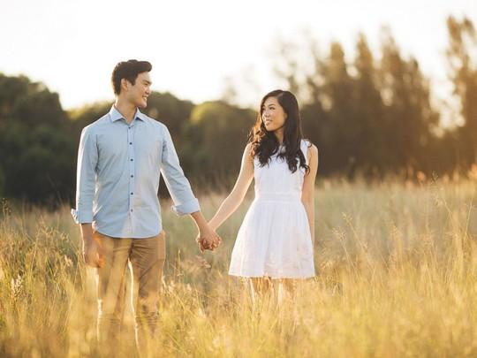 Cả 2 làm bạn nhiều năm trước khi hẹn hò. Ảnh: Ann Marie Yuen