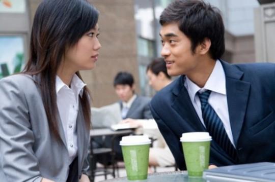 Trong tình yêu, nếu đã yêu thật lòng anh ta sẽ chấp nhận chính con người bạn chứ không phải bắt bạn thay đổi theo mẫu người mà anh ta muốn. (Ảnh minh họa)