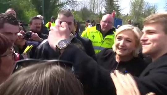 Pháp: Bà Le Pen phục kích ông Macron - Ảnh 2.