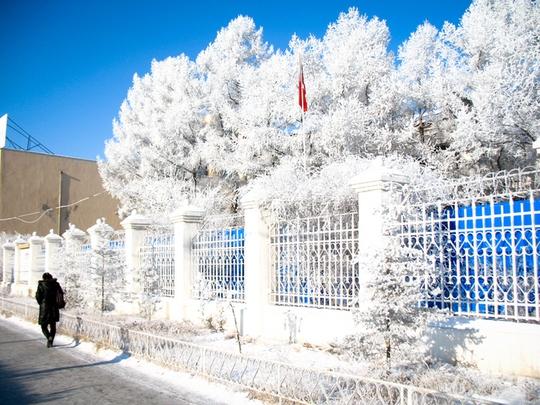 9 vùng đất nước sôi hắt ra chưa kịp chạm đất đã thành tuyết - Ảnh 9.