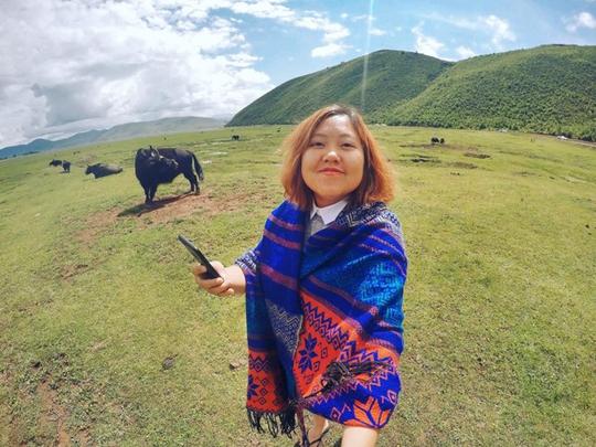 Cô gái Việt can đảm chứng kiến tục thiên táng của người Tạng - Ảnh 3.