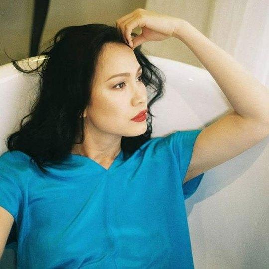 Nhan sắc đẹp lạ của Hoa hậu có nụ cười quyến rũ nhất Việt Nam - Ảnh 3.