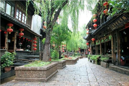 10 cổ trấn đẹp như trong phim ở Trung Quốc - Ảnh 3.