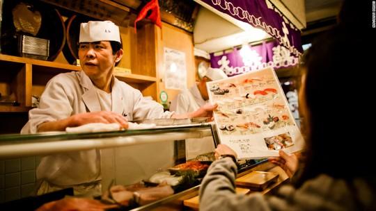 10 khu chợ thực phẩm tươi nổi tiếng của thế giới - Ảnh 3.