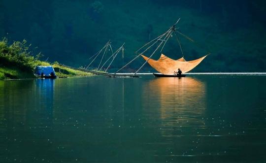Mục sở thị hồ nước đẹp hàng đầu tại miền Nam Việt Nam - Ảnh 3.