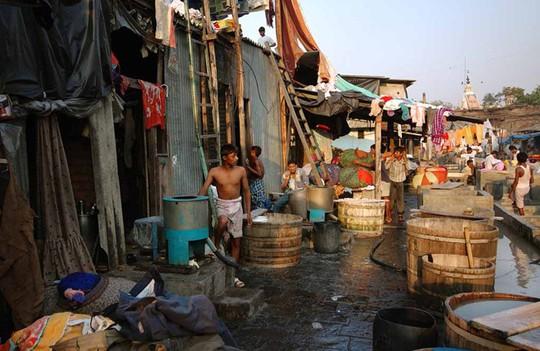 Tiệm giặt là bằng tay có hơn 7.000 nhân viên - Ảnh 4.