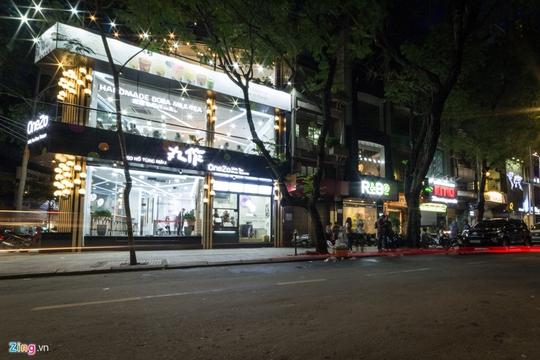 Tranh nhau từng m2 đất bán trà sữa ở Sài Gòn - Ảnh 3.