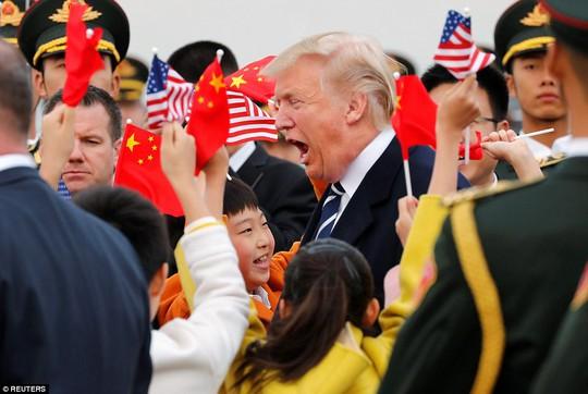 Trung Quốc đón chào Tổng thống Donald Trump - Ảnh 3.