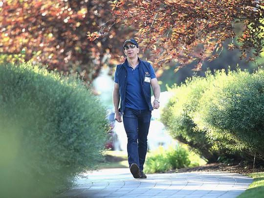 Một ngày của người giàu nhất thế giới, Jeff Bezos - Ảnh 3.