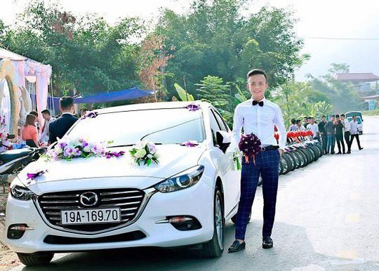 Độc đáo màn rước dâu bằng 100 xe Dream thắt nơ đỏ - Ảnh 3.
