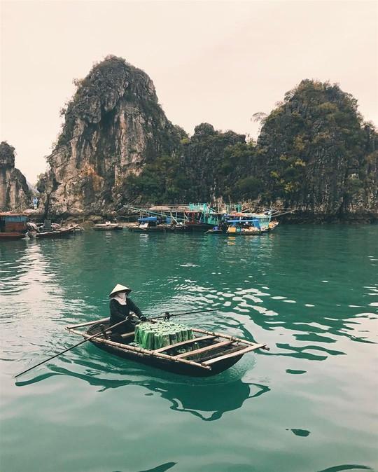 Việt Nam đẹp đến thổn thức dưới mắt nhiếp ảnh gia người Anh - Ảnh 4.