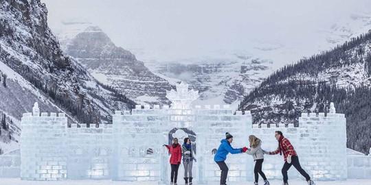 Những lễ hội điêu khắc băng tuyết hấp dẫn nhất thế giới - Ảnh 3.
