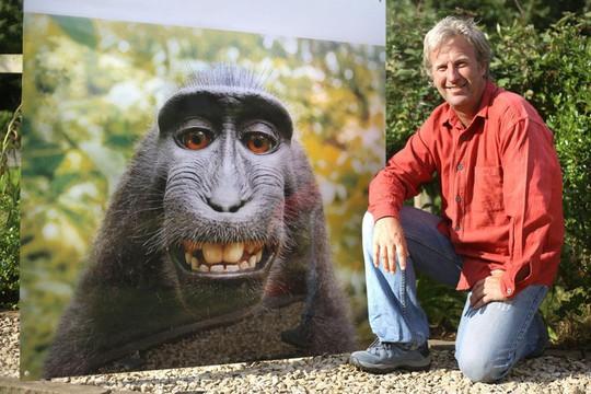 Khỉ hoang dã thành ngôi sao mạng xã hội nhờ nụ cười dễ thương - Ảnh 3.