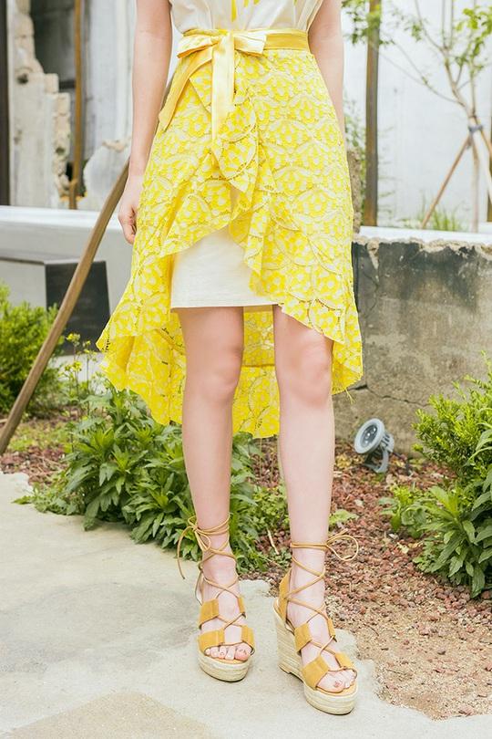 Những mẫu chân váy đáng có trong tủ áo vào dịp hè này - Ảnh 22.