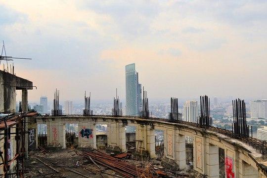 """Lạnh gáy với """"Tòa tháp ma"""" chọc trời giữa lòng Bangkok - Ảnh 8."""