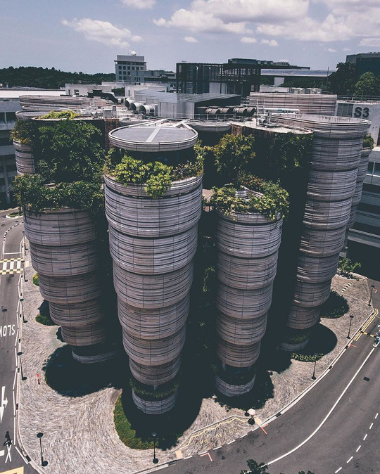 Những tòa nhà hình trụ được thiết kết rất lạ mắt, độc đáo