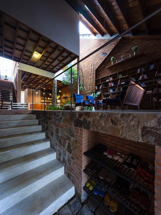 Nhà nhỏ trên cao nguyên Lâm Đồng đẹp như bước ra từ truyện cổ - Ảnh 4.