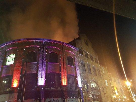 Lại cháy kinh hoàng ở London - Ảnh 4.