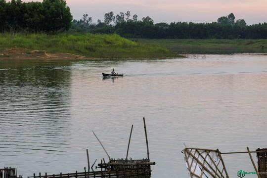 Bình minh tuyệt đẹp ở làng chài trên sông Đồng Nai - Ảnh 4.