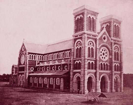 Tiền thân của Nhà thờ Đức Bà là một ngôi chùa nhỏ - Ảnh 4.