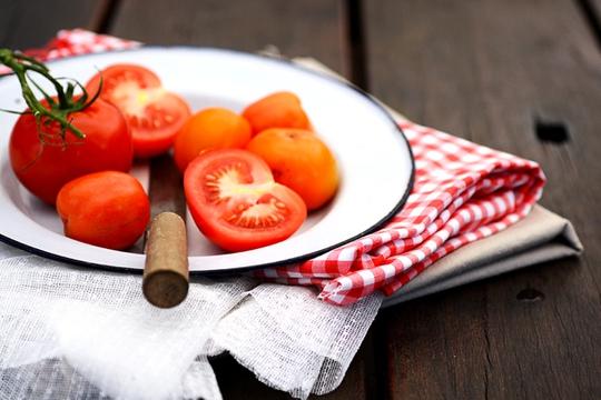 10 món ăn giúp kìm hãm sự lão hóa dành cho phụ nữ tuổi 40 - Ảnh 4.