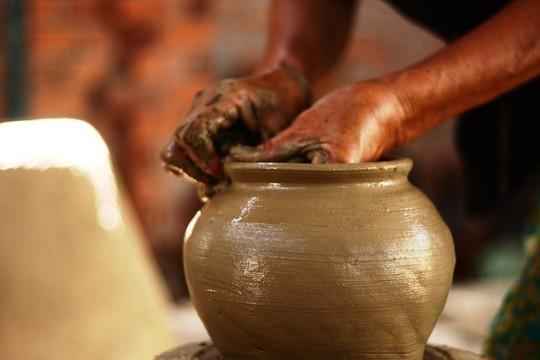 Độc đáo nghệ thuật làm gốm ở Bàu Trúc - Ảnh 4.