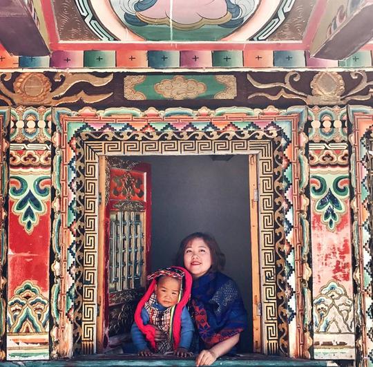 Cô gái Việt can đảm chứng kiến tục thiên táng của người Tạng - Ảnh 4.