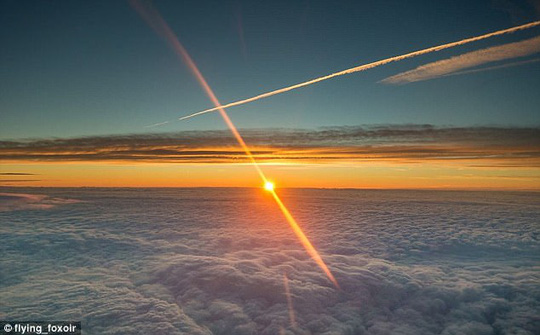 Ảnh châu Âu từ trên cao cực đẹp do phi công chụp từ buồng lái máy bay - Ảnh 4.