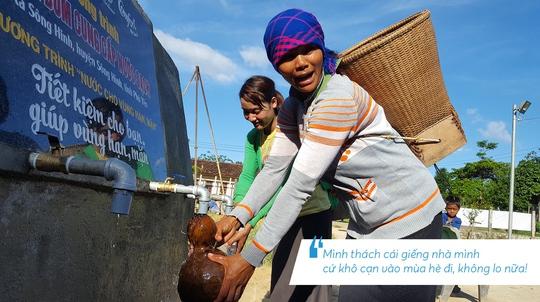 Những hình ảnh đáng nhớ trong hành trình trao tặng nước sạch - Ảnh 4.
