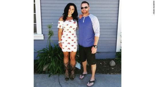 Cô Jenny Parks và chồng. Ảnh: Steven McCarthy