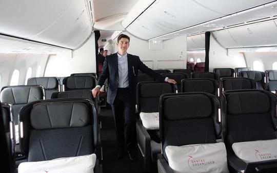 Bên trong phi cơ sẽ thực hiện chuyến bay dài nhất thế giới - Ảnh 4.