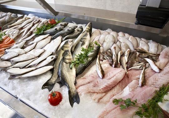 Dù thích ăn cá tới đâu cũng cần tránh 5 thời điểm này - Ảnh 4.