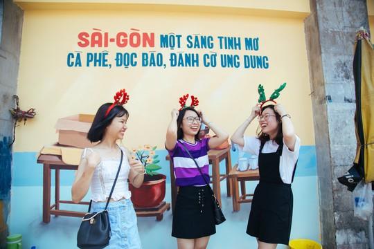"""Thêm yêu """"Việt Nam sau tay lái""""!"""