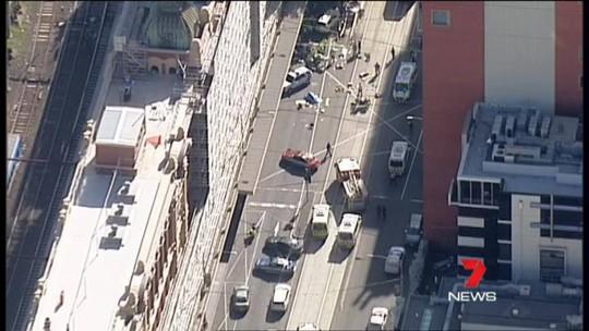 Hiện trường tai nạn nhìn từ trên cao. Ảnh: 7 News
