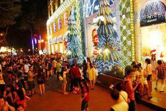 8 điểm đi chơi Noel lãng mạn nhất Sài Gòn - Ảnh 4.