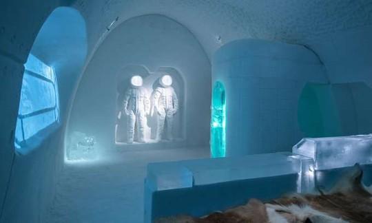Thụy Điển mở cửa khách sạn xây từ băng tuyết - Ảnh 4.