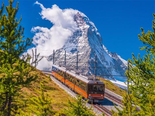 Bí mật đằng sau những ngọn núi đẹp nhất thế giới - Ảnh 11.